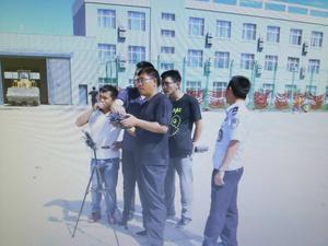 """公司""""游隼""""级警用安监无人机在新疆演示"""